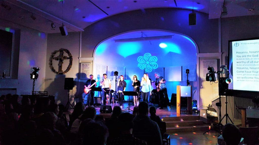 Freie evangelische Gemeinde Wuppertal Barmen - Musikabend BUNT