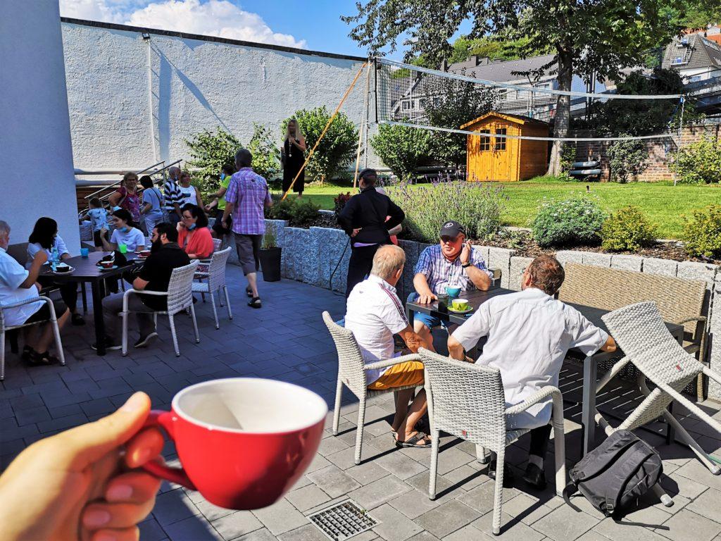 Freie evangelische Gemeinde Wuppertal Barmen - Kaffee nach dem Gottesdienst