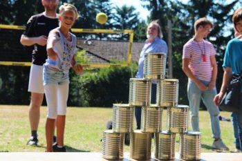 Freie evangelische Gemeinde Wuppertal Barmen - Ausflug Bundeshöhe Dosenwerfen Kinder