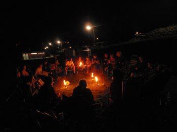 Freie evangelische Gemeinde Wuppertal Barmen - Zeltfreizeit Bever Abend mit Musik