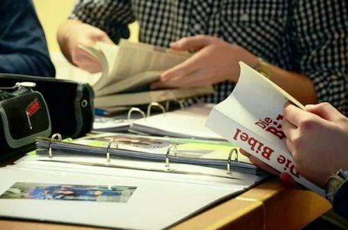 Freie evangelische Gemeinde Wuppertal Barmen - Bibelunterricht