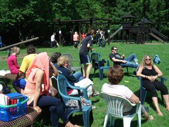 Freie evangelische Gemeinde Wuppertal Barmen - Freizeit Wartenberg Relaxen draußen