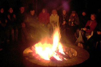 Freie evangelische Gemeinde Wuppertal Barmen - Freizeit Wartenberg Lagerfeuer Abend